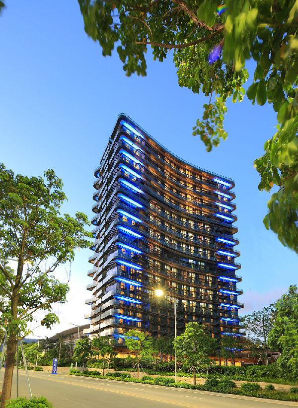毗邻珠海国际会展中心,同珠海瑞吉酒店,华发喜来登酒店,华发中演大