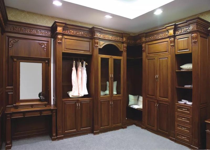欧式风格家具中的罗马柱在原木定制中的广泛应用!